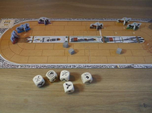 chariot-race-track-and-dice-1