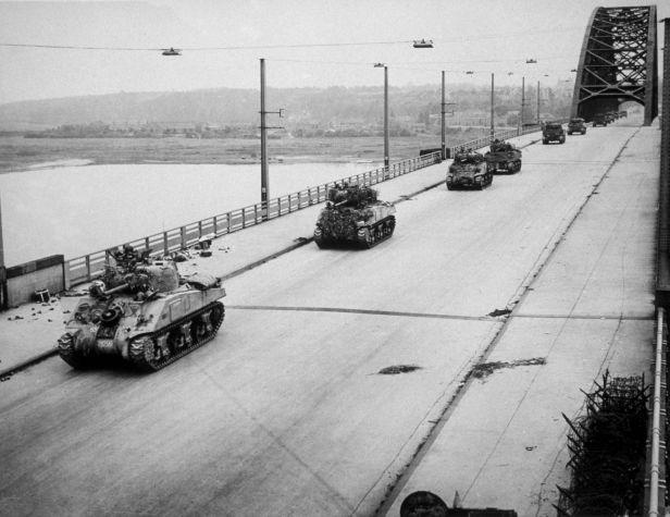 Tanks Invade