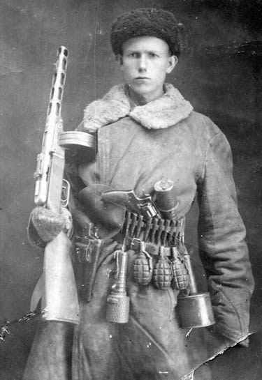 russian-smg-soldier
